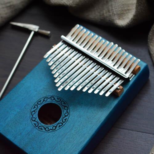 Kalimba 17 Mahogany Classical Blue 04